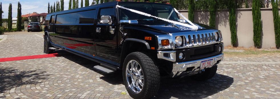 Black-H2-Hummer-Limousine1