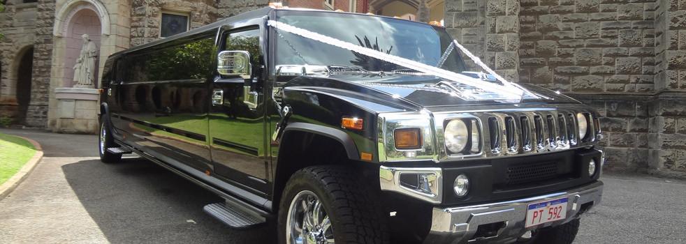 Black-H2-Hummer-Limousine6