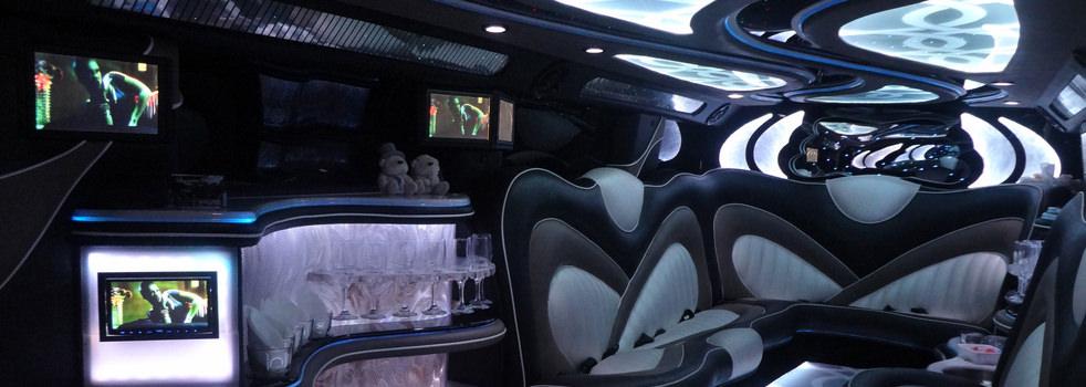 Black-H2-Hummer-Limousine8