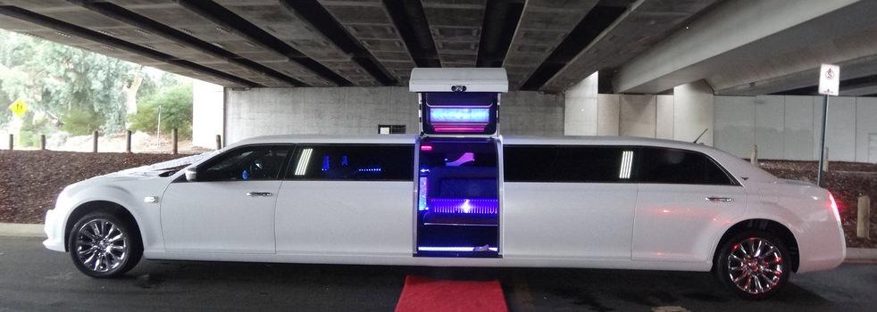 white-Chrysler-limousine6