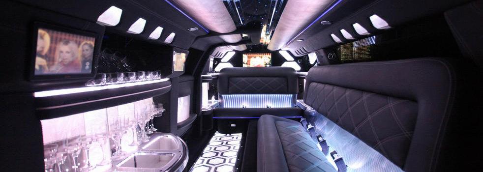white-Chrysler-limousine8
